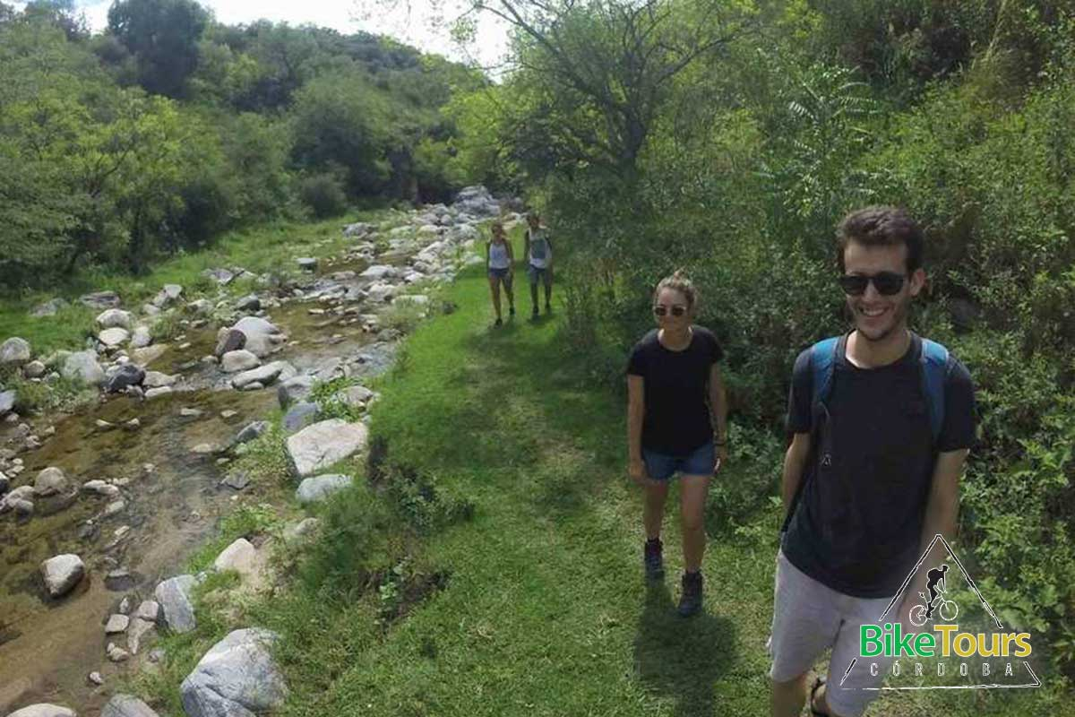 Pedaleo y caminata a la Cascada de los Hornillos