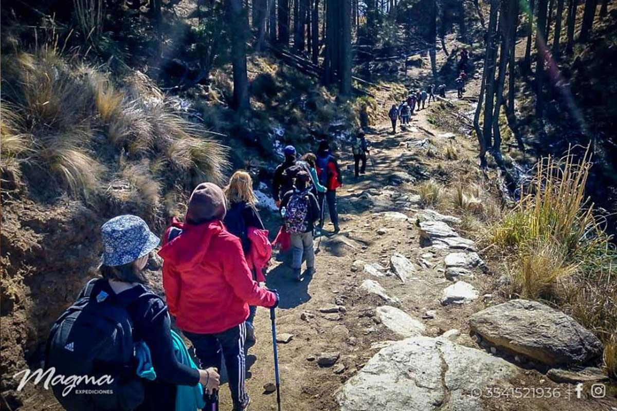 Solas y solos al Cerro Champaqui