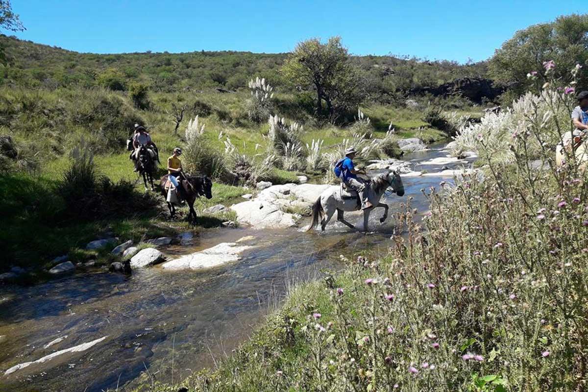 Cabalgata por sierras cordobesas